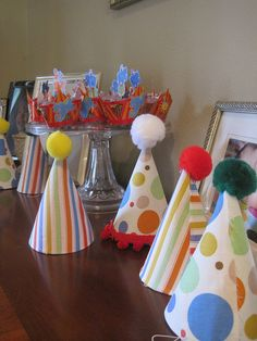 Circus birthday party hats @Mandy Ashley we can make this for the other kids for cheap!