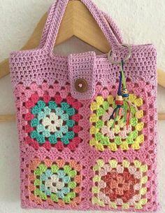 Transcendent Crochet a Solid Granny Square Ideas. Inconceivable Crochet a Solid Granny Square Ideas. Beau Crochet, Mode Crochet, Crochet Shell Stitch, Crochet Diy, Crochet Tote, Crochet Handbags, Crochet Purses, Crochet Gifts, Blanket Crochet