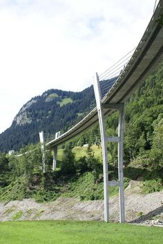 Sunniberg Bridge (Sunnibergbrücke) opened in 1998 in Klosters-Serneus, Grisons, Switzerland. - photo by Nicolas Janberg, via structure;  It is 164 feet to 197 feet above the valley floor and is 1726 feet long. Its longest span is 459 feet.
