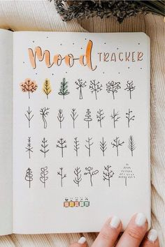 Bullet Journal School, Bullet Journal Paper, Bullet Journal Mood Tracker Ideas, Bullet Journal Lettering Ideas, Bullet Journal Notebook, Bullet Journal Spread, Bullet Journal Ideas Pages, Bullet Journal November Ideas, How To Start A Bullet Journal