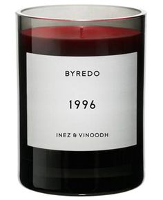 La Bougie 1996 de Byredo x Inez & Vinoodh - Materialiste Paris Scented Candles, Candle Jars, Chocolates, Perfume, Luxury Candles, Home Scents, Glamour, Candle Making, Luxury Gifts