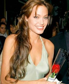 Angelina Jolie beauty images - Page 5 of 26 - Celebrity Style and Fashion Trends Angelina Jolie Makeup, Angelina Joile, Angelina Jolie Pictures, Angelina Jolie Photos, Woman Crush, Hollywood Actresses, Most Beautiful Women, Celebrity Style, Hair Beauty