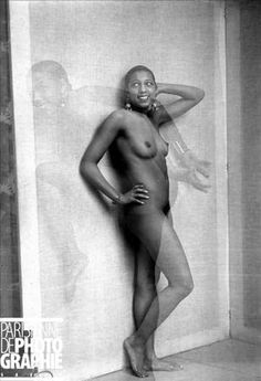Josephine Baker (1906-1975), American artist . Posing session in the studio of Paul Colin. Paris, May 1926.