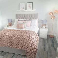 all of these are wonderful bedroom ideas. Pink Bedroom Decor, Bedroom Decor For Teen Girls, Room Ideas Bedroom, Small Room Bedroom, Light Pink Bedrooms, Teen Bedroom Designs, Stylish Bedroom, Cozy Room, Aesthetic Bedroom