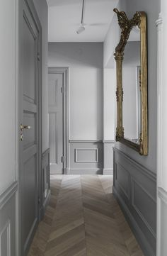 Danijel Pavlic Es ist Pavlic - New Ideas Interior Design Inspiration, Home Interior Design, Interior And Exterior, Grey Interior Doors, Estilo Tudor, Hallway Colours, Flur Design, Hallway Designs, Hallway Ideas