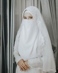 Malay Wedding Dress, Kebaya Wedding, Muslimah Wedding Dress, Muslim Brides, Pakistani Wedding Dresses, Hijab Bride, Muslim Couples, Arab Girls Hijab, Girl Hijab