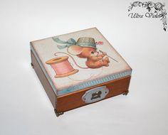 Nähen / Stricknadeln Box mit Nadelkissen von UltroViolet auf Etsy