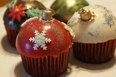 cupcakes | cupcakes decorados con chocolate simulando una esfera navidena