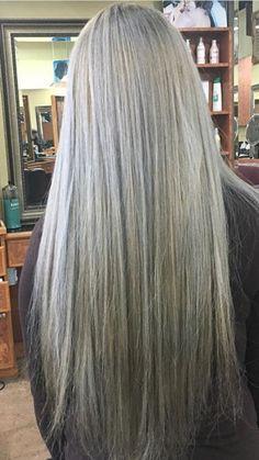 Hair goals! Olive Skin Blonde Hair, Grey Blonde Hair, Grey Hair Don't Care, Long Gray Hair, Silver Grey Hair, Grey Hair Journey, Silver Haired Beauties, Gray Hair Growing Out, Great Hair
