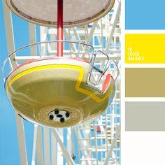 amarillo, amarillo fuerte, amarillo vivo, amarillo y celeste, blanco y amarillo, celeste, color celeste vivo, color oro, color oro pálido, combinación contrastante de colores, elección de colores para el interior, marrón.