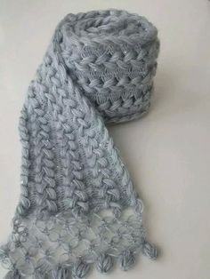 """Guimpe haken [ """"Hairpin lacy crochet scarf / Lace Hairpin - All Seasons-Gray mohair ivy scarf-Ready to ship via Etsy"""", """"cool way to make a scarf, braided hairpin lace. with love knot edge no pattern"""", """"Hairpin lacy crochet scarf has macrame end. Not sure it matches but it"""