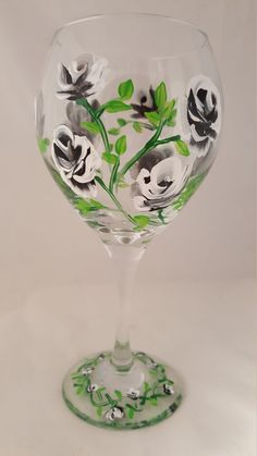 Hand Painted Wine Glass Black and White Roses by LoneStarBliss Wine Candles, Black And White Roses, Decorated Bottles, Hand Painted Wine Glasses, Artsy Fartsy, Diy And Crafts, Unique Jewelry, Board, Handmade Gifts