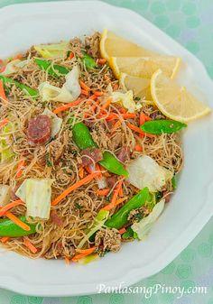 Filipino Dishes, Filipino Recipes, Asian Recipes, Filipino Food, Healthy Recipes, Ethnic Recipes, Pinoy Food, Guam Recipes, Filipino Pancit