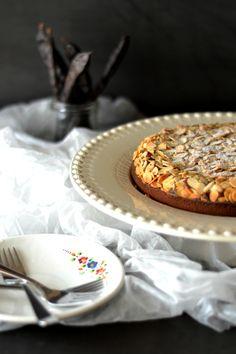 Sweet Gula: Bolo de Amêndoa e Alfarroba e o Regresso Após as F...