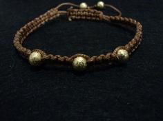 Pulsera macramé marrón Macrame Bracelets, Jewelry, Jewels, Schmuck, Jewerly, Loom Bracelets, Jewelery, Jewlery, Fine Jewelry