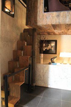 Casa Cor SC: escada Santos Dumont dá acesso a escritório em loft