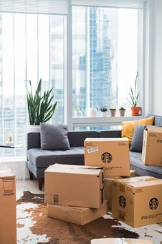 You are looking for the best Moving Company in Oxon Hill MD for quality, fast and efficient Moving services. You can rely on WE MOVE DMV for moving services Lightroom, Moving To Ireland, Move Out Cleaning, House Shifting, Moving Services, Moving Companies, Packing Services, Moving In Together, Smart Home Automation