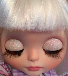 Eloise's glitter sleepy eyes