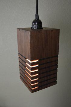 Ritagli di legno pendente Light_Linear di LottieandLu su Etsy