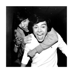 Larry Stylinson ❤ liked on Polyvore featuring one direction, 1d, larry stylinson and pictures