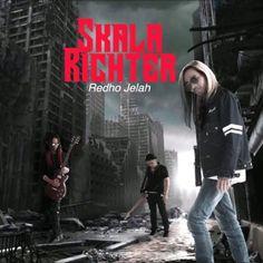 """@Regrann from @umdomestic -  Dengar lagu baru bertajuk """"Redho Jelah"""" daripada kumpulan Skala Richter yang merupakan kumpulan dibawah naungan Aidit Alfian. Sila dengar disini https://umdomestic.lnk.to/RedhoJelah_SkalaRichter #Regrann"""