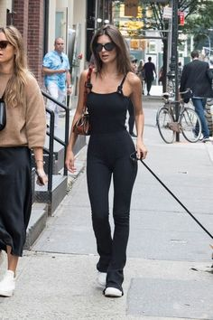 Emily Ratajkowski: Shopping in NYC – GotCeleb – Outfit Inspiration & Ideas for All Occasions Emily Ratajkowski Style, Emily Ratajkowski Jumpsuit, Emily Ratajkowski Street Style 2018, Emily Ratajkowski Fashion, Casual Outfits, Summer Outfits, Cute Outfits, Fashion Outfits, Fashion Fashion