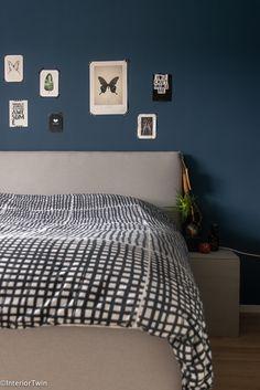 Home inspiration: Looking inside Maaike in Arnhem Blue Bedroom Walls, Bedroom Paint Colors, Diy Room Decor, Living Room Decor, Home Decor, Grey Bedding, Interior Design, Furniture, Blog