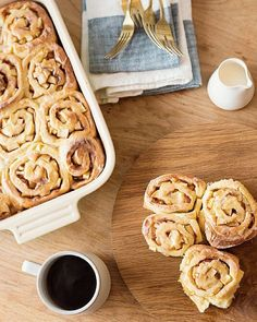 Christmas morning breakfast solved!  Check out @good_on_paper's recipe for delicious (make ahead!) morning buns on our blog today. #LinkInProfile #nomz by westelm