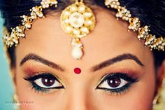 Toronto Hindu Wedding by Divine Method Photography Indian Wedding Deco, Indian Wedding Fashion, Indian Wedding Hairstyles, South Indian Weddings, Indian Bridal, South Asian Bride, South Asian Wedding, Bollywood Wedding, Tamil Wedding