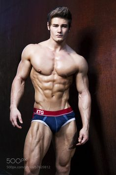 Jeff seid is listed (or ranked) 2 on the list hottest male bodybuilders Motivation Instagram, Gym Motivation, Six Abs, Jeff Seid, Abs Workout Routines, Man Photography, Best Gym, Chest Workouts, Muscular Men