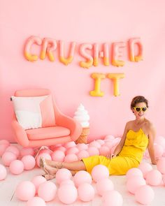 Ombre Letter Balloons (Oh Happy Day! Festa Party, Diy Party, Party Ideas, Bikini Surf, Melanie Martinez Style, Party Photography, Fashion Photography, Letter Balloons, Backdrops For Parties