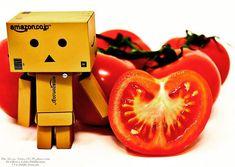 Love has no gender: it's just real or not. #foodnetwork #foodandwine #foodstyling #foodblogger #foodbeast #foodlover #foodstagram #foodphoto #foodshare #foodgawker #foodislife #fooddiary #foodism #foodiegram #foodaddict #foodprep #foodpost #foodoftheday #healthyliving #foodtrip #vegan #veg #buongiorno #goodmorning #tender #love #vegetables #tomato #boxrobot