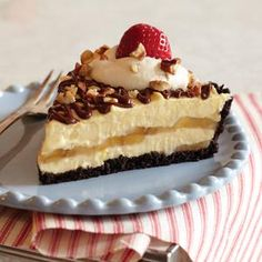 Spectacular Banana Split Pie from Eagle Brand® Sweetened Condensed Milk