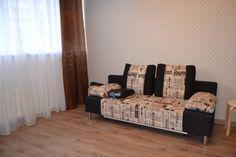 Предлагаем для долгосрочной аренды в Ставрополе  уютная квартира-студия по адресу Кулакова 63/2, ремонт современный,кухонный гарнитур, мягкая мебель, общей площадью 36 кв.м, дом Новый кирпич, Центральное отопление, Электро-плита, наличие бытовой техники - стиральная машина (+), холодильник (+),парковка стихийная, номер объявления - 36365, агентствонедвижимости Апельсин. Услуги агента только по факту заключения договора.Фотографии реальные. Низкие коммунальные платежи.  Подробно…