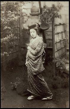 Japan c.1920's Young Maiko, Geisha
