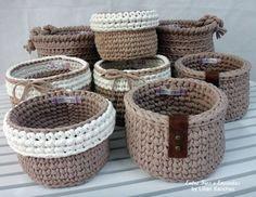 Cestos feitos em crochê com fio de malha. http://www.vitrine.elo7.com.br/entrefioseencantos