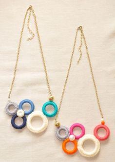 Bubble Bauble Crochet Rings Asymmetrical Necklace by LoveNikita no pattern just for inspiration Fabric Necklace, Diy Necklace, Crochet Necklace, Nursing Necklace, Necklaces, Crochet Rings, Bead Crochet, Crochet Jewellery, Beaded Jewelry