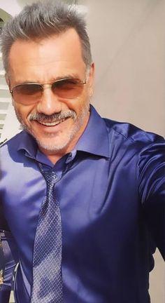 Satin Shirt, Mens Sunglasses, Guys, Model, How To Wear, Clothes, Fashion, Moda Masculina, Men's
