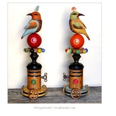 Folk art birds by Greg Guedel Kinetic Toys, Paper Mache Crafts, Wood Crafts, Paper Mache Animals, Found Object Art, Wooden Bird, Art Carved, Unusual Art, Assemblage Art