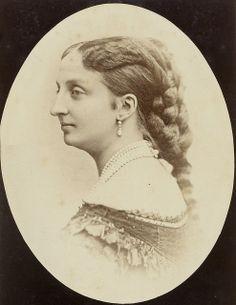 La Comtesse de Paris Marie-Isabelle d'ORLÉANS et BOURBON