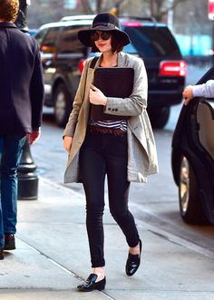 Dakota-Johnson-New-York-Hat-Coat