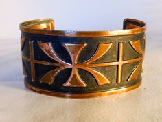 Vintage Copper Repousse Cuff Bracelet Fits Small Wrist by GemstoneCowboy on…