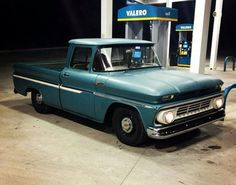 Chevy Trucks Older, Custom Chevy Trucks, Vintage Pickup Trucks, Classic Pickup Trucks, C10 Trucks, Chevy Pickup Trucks, Chevy C10, Big Rig Trucks, Chevy Pickups