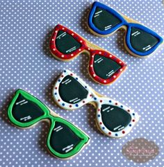 Sunglasses Cookies for summer! Summer Cookies, Fancy Cookies, Iced Cookies, Cut Out Cookies, Cute Cookies, No Bake Cookies, Cupcake Cookies, Cookies Et Biscuits, Cookie Frosting