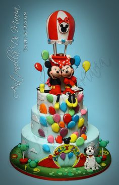 Mickey and Minnie with balloon - by antonelladimaria @ CakesDecor.com - cake decorating website