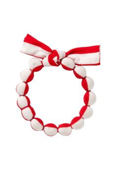 Saaga bracelet from Marimekko. I think I could make something similar...