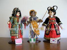 CHINA, NIGERIA, COREA. WWW.RAPHAELPUELLO.COM./ARTESANÍAS/VESTIDOS DELMUNDO.