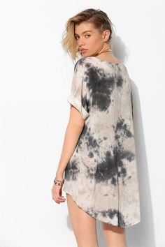 Moon And Sky Tie-Dye Tee Dress #urbanoutfitters