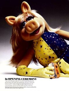 Miss Piggy Instyle Magazine 7 The Muppets 2011, Kermit And Miss Piggy, Miss Piggy Muppets, Statler And Waldorf, The Muppet Show, Instyle Magazine, Jim Henson, Actors, Wedding Humor