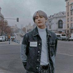 winter bear ᴥ Kim Taehyung, Bts Bangtan Boy, Jimin, K Pop, Bts Pictures, Photos, V Bts Wallpaper, My Sun And Stars, Bts Boys